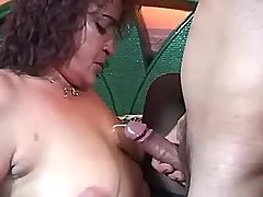 Fat mommy brings guy to coming on her saggy boobs