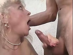 Blonde aged mature has hard fuck in diff positions
