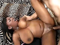 Hottest black mature model in tube porn clips