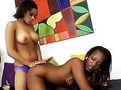 Hot Ebony Strap-on Sex